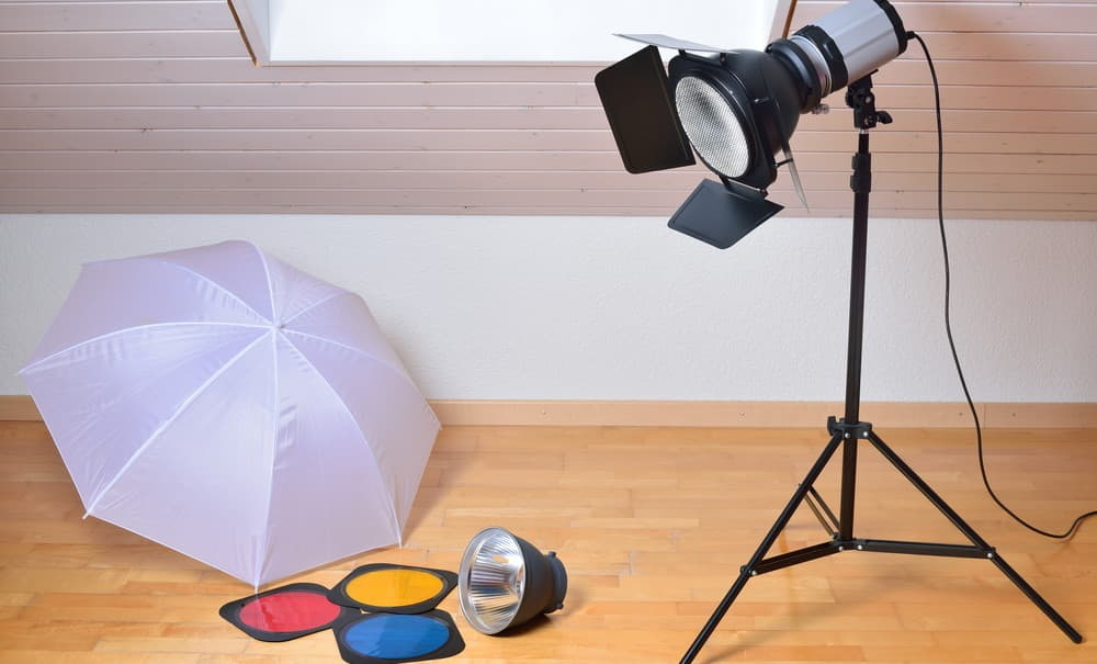 Why use a flash modifier