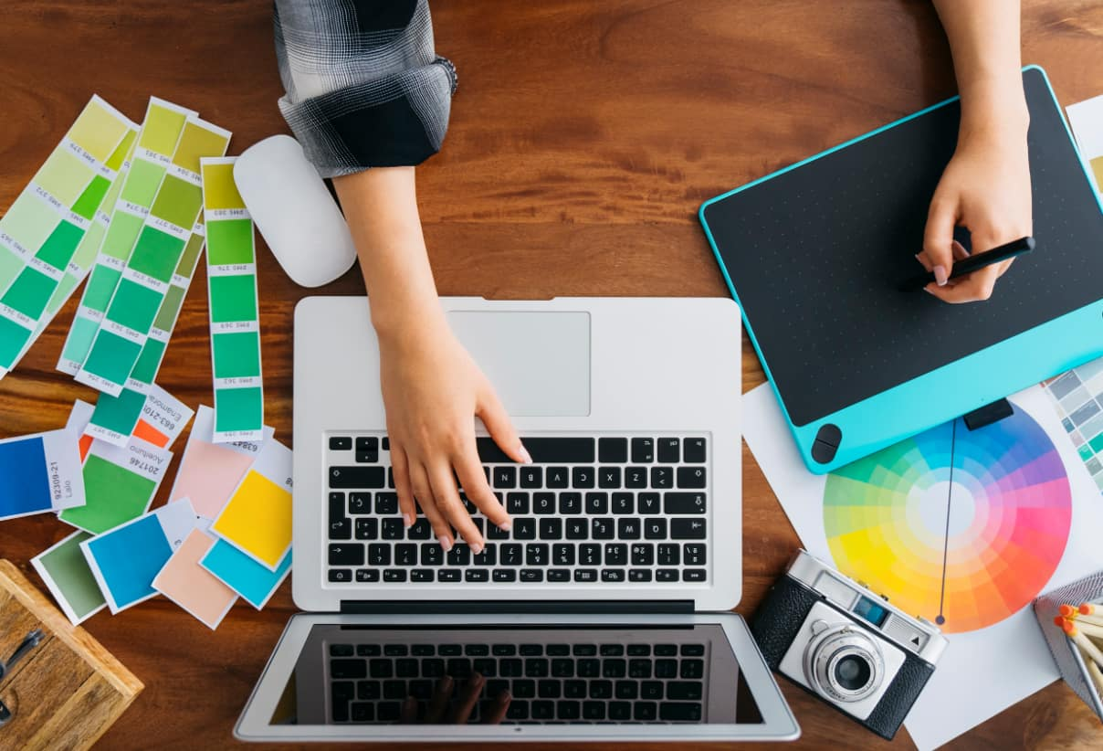 10 Graphic Design Skills to Become a Successful Designer